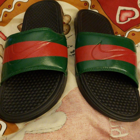huge selection of b9af3 6a7a4 Nike flipflop gucci colors